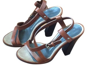 Proenza Schouler Brown straps. Dark brown heel/sole. Sandals