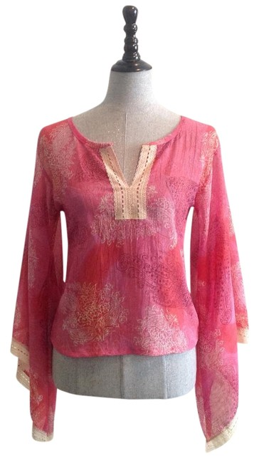 Item - Pink . Blouse Size 4 (S)