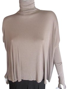 Feel the Piece Raven Flowy Thumb Holes Tunic