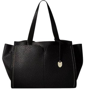 London Fog Tote in Black