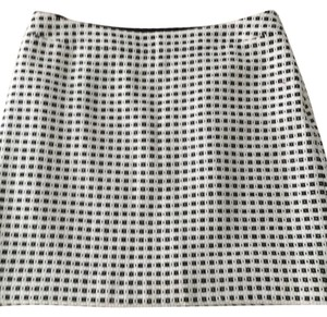 Banana Republic Mini Skirt Black/Off White
