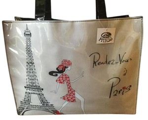 Paris Eiffel Tower Tote in Black patent with creme and red design
