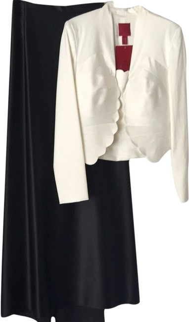 Preload https://item3.tradesy.com/images/js-collections-black-and-white-three-piece-long-formal-dress-size-8-m-1960367-0-0.jpg?width=400&height=650