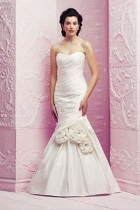 Paloma Blanca 4259 Wedding Dress