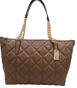 Coach Tote in Taupe