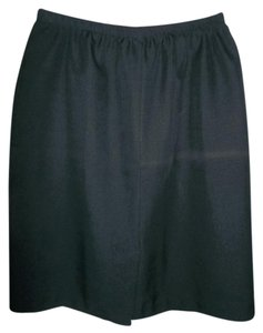 Large Elastic Waist Skirt Black