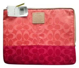 Coach NWT #65858 Legacy Ipad Sleeve