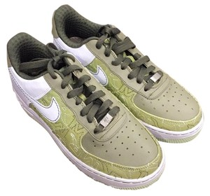 Nike Air Force XXV Pistochio/White-Neutral Olive Athletic