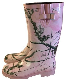 Realtree Pink with trees Boots