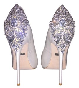 Badgley Mischka Rhinestone Wedding Sexy Ivory Pumps