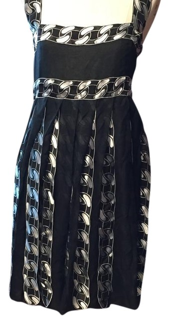 Preload https://img-static.tradesy.com/item/19608622/chanel-knee-length-short-casual-dress-size-2-xs-0-1-650-650.jpg