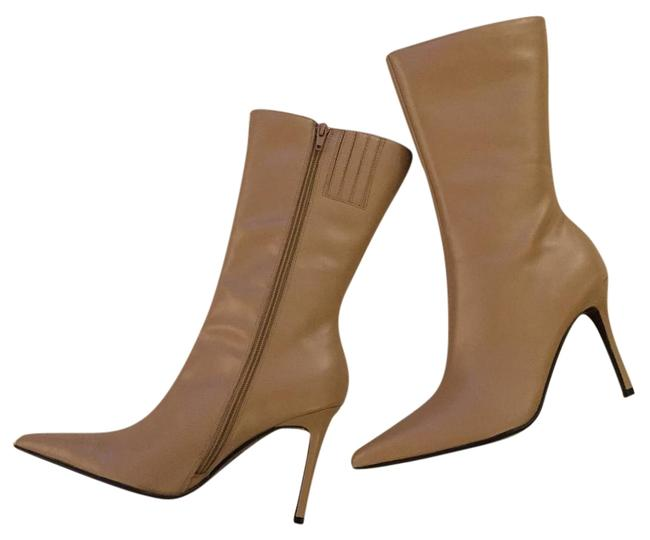 Item - Beige Leather Boots/Booties Size US 7.5 Regular (M, B)