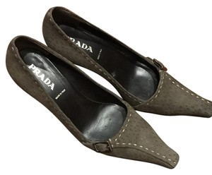 Prada Fumo (grey) Pumps