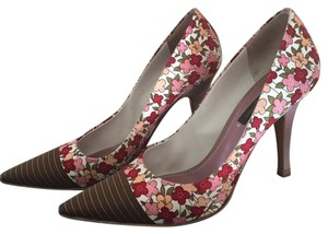 Louis Vuitton Floral Pumps