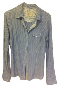 Guess Women's Large Lace Trim Pinstripe Detailed Light Weight Button Down Shirt Light Blue/White/Lace