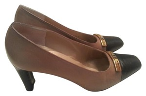 St. John Black Color-blocking Leather Tan Tan, black Pumps