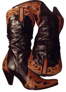 Charlie 1 Horse by Lucchese Tan/Black Boots
