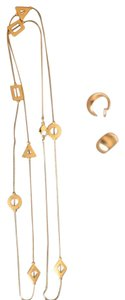 Necklace and earrings set of matte gold-tone
