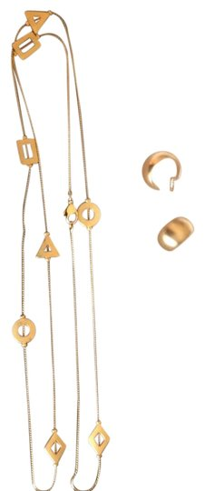 Preload https://img-static.tradesy.com/item/19611606/matte-gold-and-earrings-set-of-gold-tone-necklace-0-1-540-540.jpg