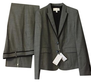 Hugo Boss Pants: Tarila, Jacket: Julieta