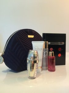 Cl de Peau Beaut Le Serum 6ml, make up remover, cleansing foam,repair oil in case