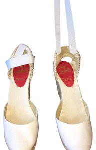 Christian Louboutin Off white Wedges