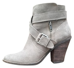 Dolce Vita Style Grey Boots