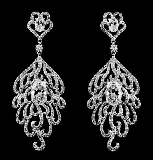 Preload https://item3.tradesy.com/images/cz-aaa-quality-cubic-zirconia-earrings-1961297-0-0.jpg?width=440&height=440