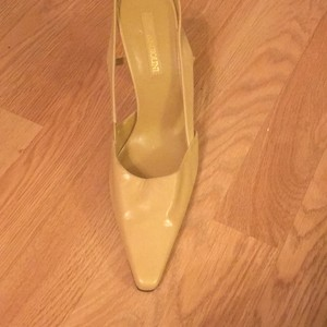 Enzo Angiolini Tan Pumps