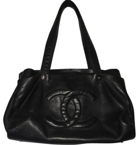 Chanel Caviar Leather Executive Leather Tote in Black
