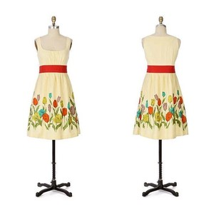 Anthropologie short dress Maeve Tulip Floral Garden on Tradesy