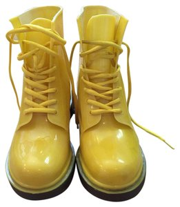 Jacobies Yellow Boots