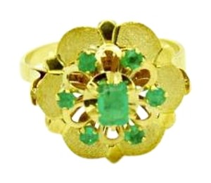 Other 18K Gold Ring with Seven Emerald Gemstones