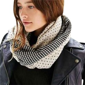Anthropologie Birdseye Eternity Scarf