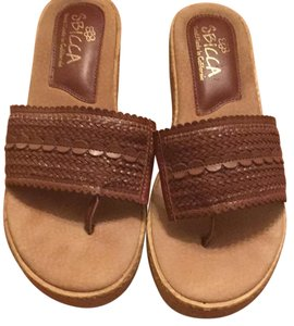 Sbicca Camel brown Sandals