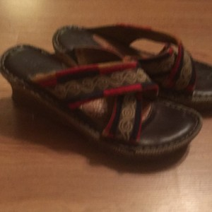 Brn Multicolor to include red black green Sandals
