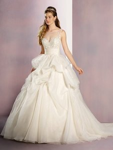Alfred Angelo Sleeping Beauty Wedding Dress