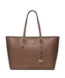 Michael Kors Jet Set Item Tote in Dark Dune gold tone