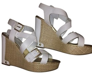 Audrey Brooke Wedges