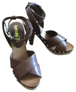 Kensie Girl Pump Brown Pumps
