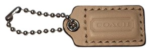 Coach COACH LEATHER HANG TAG CHARM Beige NEW