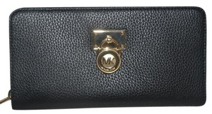 Michael Kors MICHAEL KORS HAMILTON LARGE ZIP AROUND BLACK LEATHER WALLET CLUTCH BAG