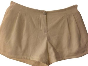 Victoria's Secret Shorts Cream