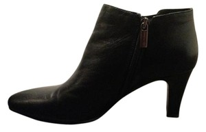 Bandolino Side Zip Black Boots