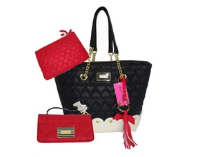Betsey Johnson Black Gold Hardware Scalloped Bottom Red Pouch Tote in black/bone/red