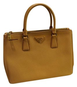 Prada Leather Satchel Saffiano Tote in Beige (Caramel)