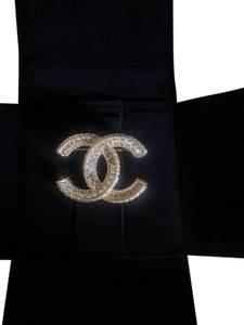Chanel Brand New Chanel Classic Crystal CC Logo Gold Metal Brooch Pin 2016