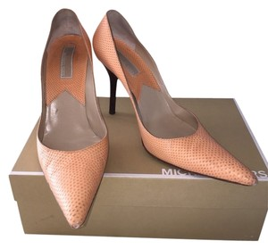Michael Kors Cantaloupe Pumps