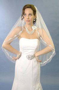Ansonia Bridal Ansonia Bridal Veils #995 Elbow Length 1-layer