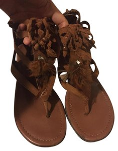 MINNIETONKA Sandals